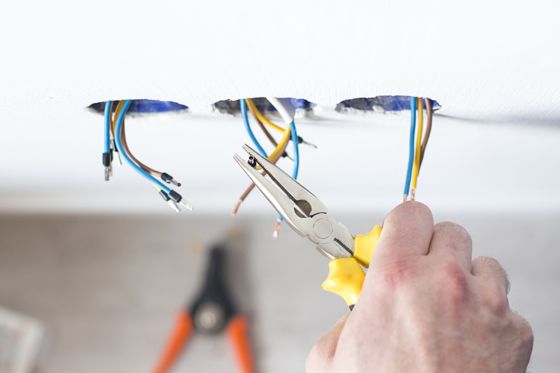Domestic Electrician Courses in Bracknell Berkshire