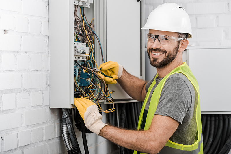 Local Electricians Near Me in Bracknell Berkshire