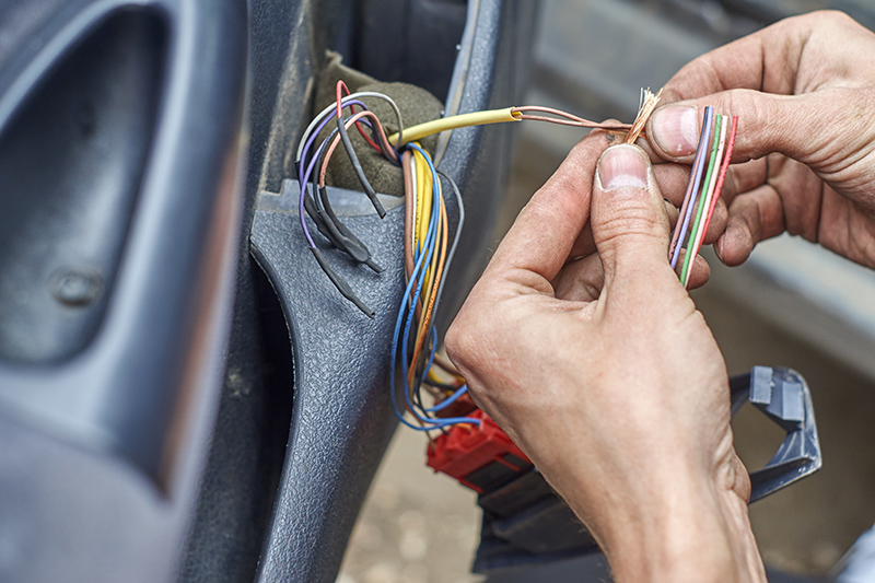 Mobile Auto Electrician Near Me in Bracknell Berkshire